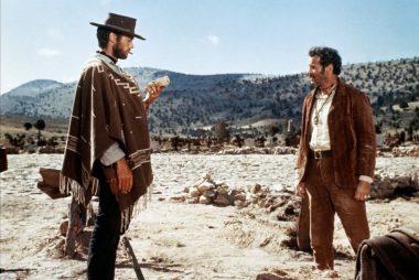 """""""Le monde se divise en deux catégories..."""" : Blondin (Clint Eastwood) face à Tuco (Elli Wallach) dans l'affrontement final de """"Le Bon, la Brute et le Truand"""" (1966) de Sergio Leone"""