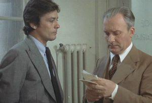 """Alain Delon et Michel Bouquet dans """"Deux hommes dans la ville"""", le film de José giovanni, en 1973"""
