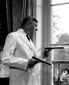 """L'acteur français Robert Dalban dans le film """"Les tontons flingueurs"""" de Georges Lautner (1963)"""