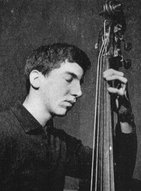 Le contrebassiste de jazz français Bibi Rovère