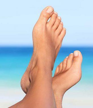 Orteils des pieds gauche et droit