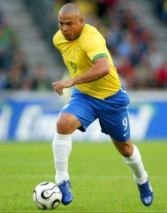 Le joueur international de football brésilien Ronaldo