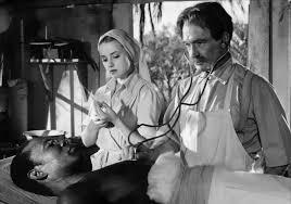 """jeanne Moreau et Pierre Fresnay dans le film français """"Il est minuit Dr Scweitzer"""" d'André Haguet (1952)"""