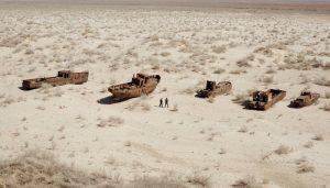 Bateaux à sec en mer d'Aral