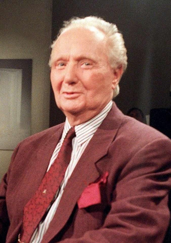 L'écrivain français Robert Merle