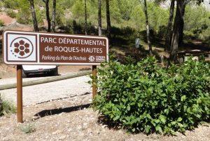 Panneau du Parc départemental de Roques-Hautes (13)