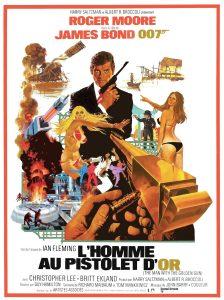 """Affiche du film états-unien """"L'homme au pistolet d'or"""" de Guy Hamilton (1974)"""