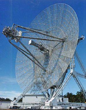 Antenne radar géante