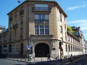 Le Lycée Jules-Ferry, à Paris (75), place Clichy, où j'ai fait un début d'hypokhâgne en septembre 1979