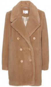 Un manteau d'alpaga