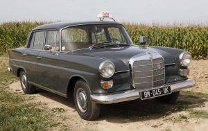 Taxi français des années 1980