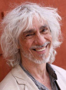 Le chanteur et musicien français Louis Bertignac