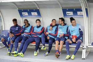 Le banc de touche du PSG (Paris Saint-Germain Football Club) en novembre 2013