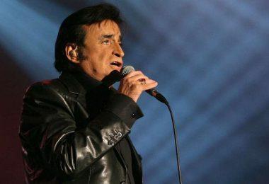 Le chanteur de rock français Dick Rivers