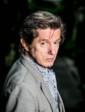 Le chanteur et écrivain français Kent