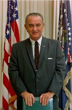 Le président états-unien Lyndon B. Johnson