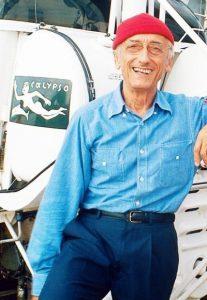 Le commandant Jacques-Yves Cousteau sur la Calypso