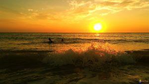 Être léché par les derniers rayons de soleil