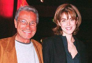 L'animatrice de télévision Julie Andrieu et le photographe français Jean-Marie Périer
