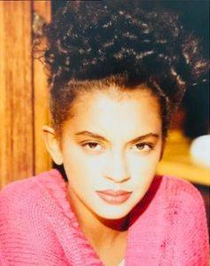 L'animatrice de télévision française Karine Le Marchand, mannequin, à 18 ans