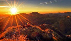 Être léché par les premiers rayons de soleil