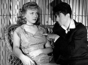 """Nicole Courcel et Daniel Gélin dans """"Les rendez-vous de juillet"""" de Jean Becker (1949), le premier grand rôle de l'actrice"""