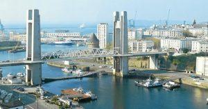 Le pont de Recouvrance, à Brest (29) reliant la rue de Siam au quartier de Recouvrance