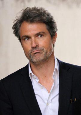 """Le docteur Stéphane Delajoux, époux de l'animatrice de télévision Julie Andrieu, et surnommé """"Le chirurgien des stars"""""""