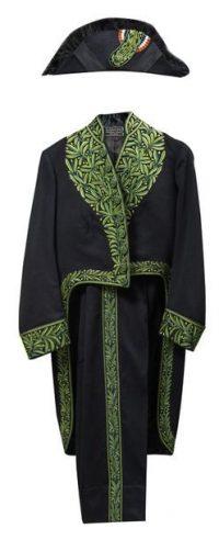 Un habit vert d'académicien français avec bicorne