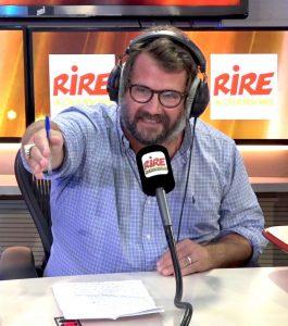 L'humoriste français Jason Chicandier sur la radio Rire et Chansons