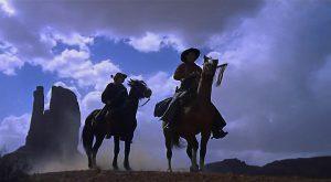 """Une image en """"nuit américaine"""" de """"La prisonnière du désert"""", le film états-unien de John Ford (1956)"""
