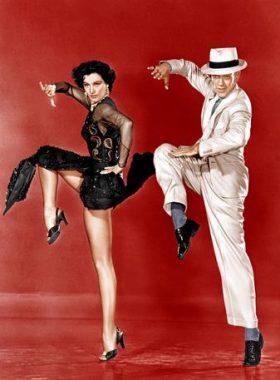 """L'actrice états-unienne Cyd Charisse surnommée """"Les jambes"""" ou """"Les plus belles jambes du monde"""". Ici avec Fred Astaire, dans """"Tous en scène"""" de Vincente Minelli (1953)"""