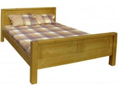Un lit en bois