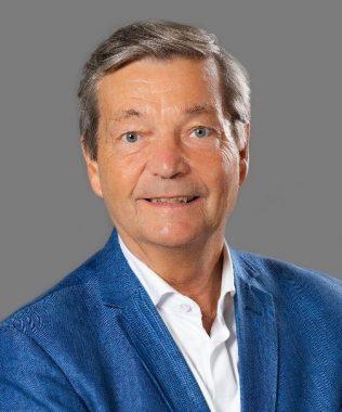 Le médecin et chercheur français Christian Bréchot