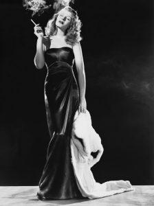 "L'actrice états-unienne Rita Hayworth dans le film états-unien ""Gilda"", de Charles Vidor (1946)"