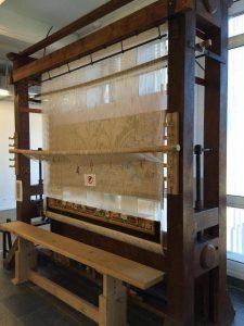 Un métier de haute lice destiné à fabriquer les tapisseries