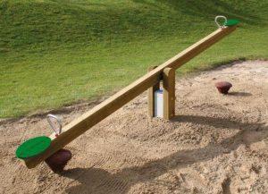 Un tape-cul pour enfants, sur une aire de jeux