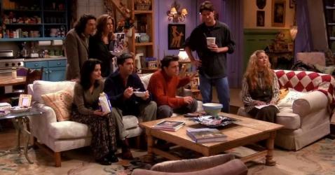 """La colocation, dans le feuilleton états-unien """"Friends"""", diffusé du 22 septembre 1994 au 6 mai 2004 sur NBC et créée par Marta Kauffman et David Crane"""