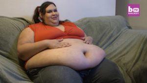 Une femme énorme