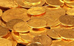 De la joncaille (registre argotique) c'est à dire : des pièces en or