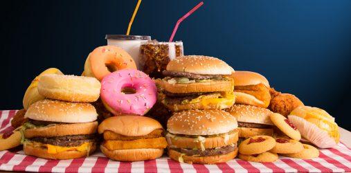 """De la malbouffe (""""junkfood"""", """"junk-food"""" ou """"junk food"""")"""