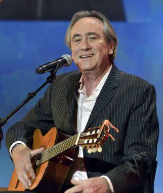 Le chanteur français Philippe Durand de la Villejegu du Fresnay, dit Philippe Lavil