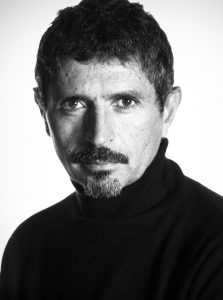 Le réalisateur de télévision français Serge Khalfon