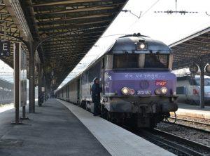 Un train à quai