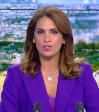 """La journaliste française Sonia Mabrouk, présentatrice de l'émission quotidienne """"Midi News"""", sur la chaîne de télévision française d'information en continu CNews"""