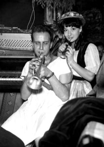 Boris Vian et Juliette Gréco, en 1949 (© Georges Dudognon)