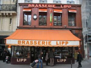 La brasserie Lipp, boulevard Saint-Germain , à Paris (75)