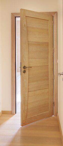 """Une """"lourde"""" c'est à dire, dans le registre argotique : une porte"""