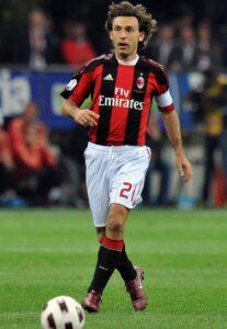 Le joueur de football international italien Andrea Pirlo, sous le maillot du Milan AC