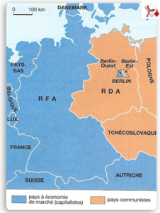 """L'enclave de Berlin-Ouest en RDA (République Démocratique Allemande) ou """"Allemagne de l'Est"""""""